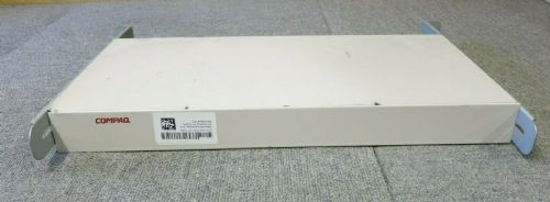 Compaq 106-1502-04 EO1004B 8 Port KVM Switch White VGA PS/2